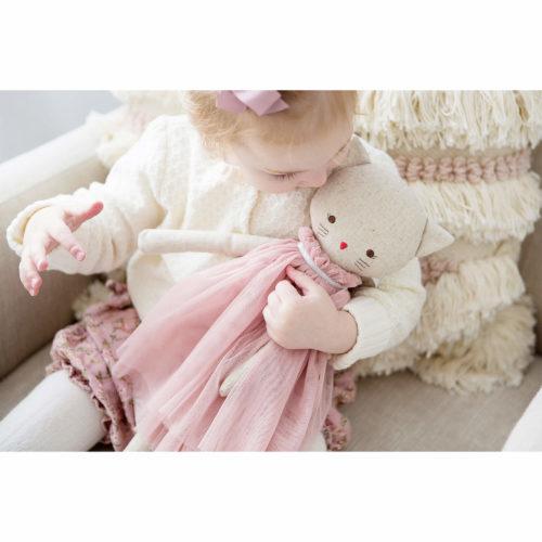 Alimrose AURELIE CAT DOLL 48CM BLUSH Sassefras Meisjes Speelgoed