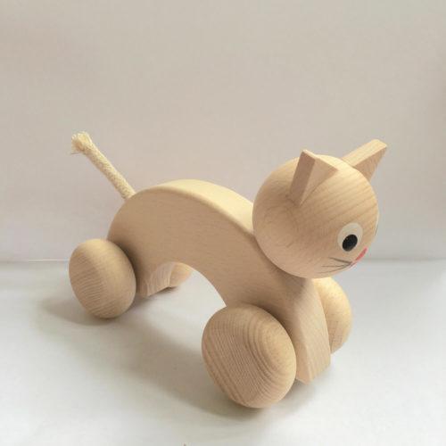houten poes met wielen zijkant Sassefras Meisjes Speelgoed