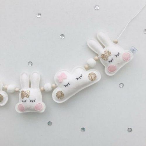 konijntjes en wolkjes slinger Sassefras Meisjes Speelgoed