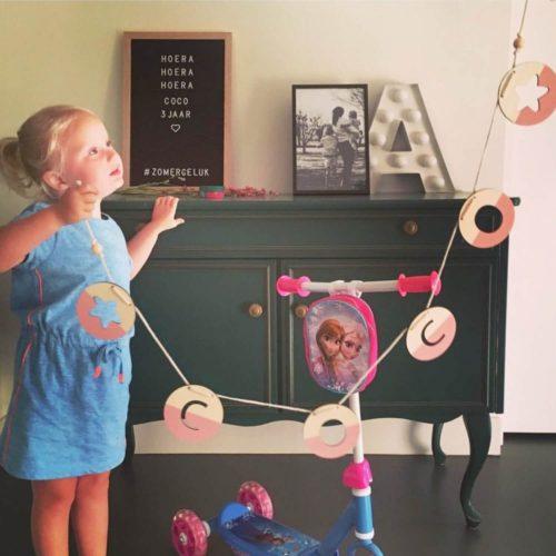 houten slinger met naam sfeer Sassefras Meisjes Speelgoed