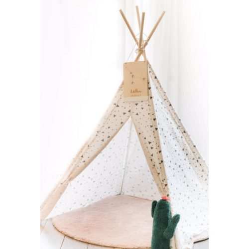houten sterrenbeeld bordje aan tipi Sassefras Meisjes Speelgoed