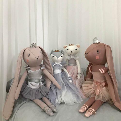 Spinkie Lashful Friends Lily Fox en Callie Bear met vriendjes Sassefras Meisjes Speelgoed